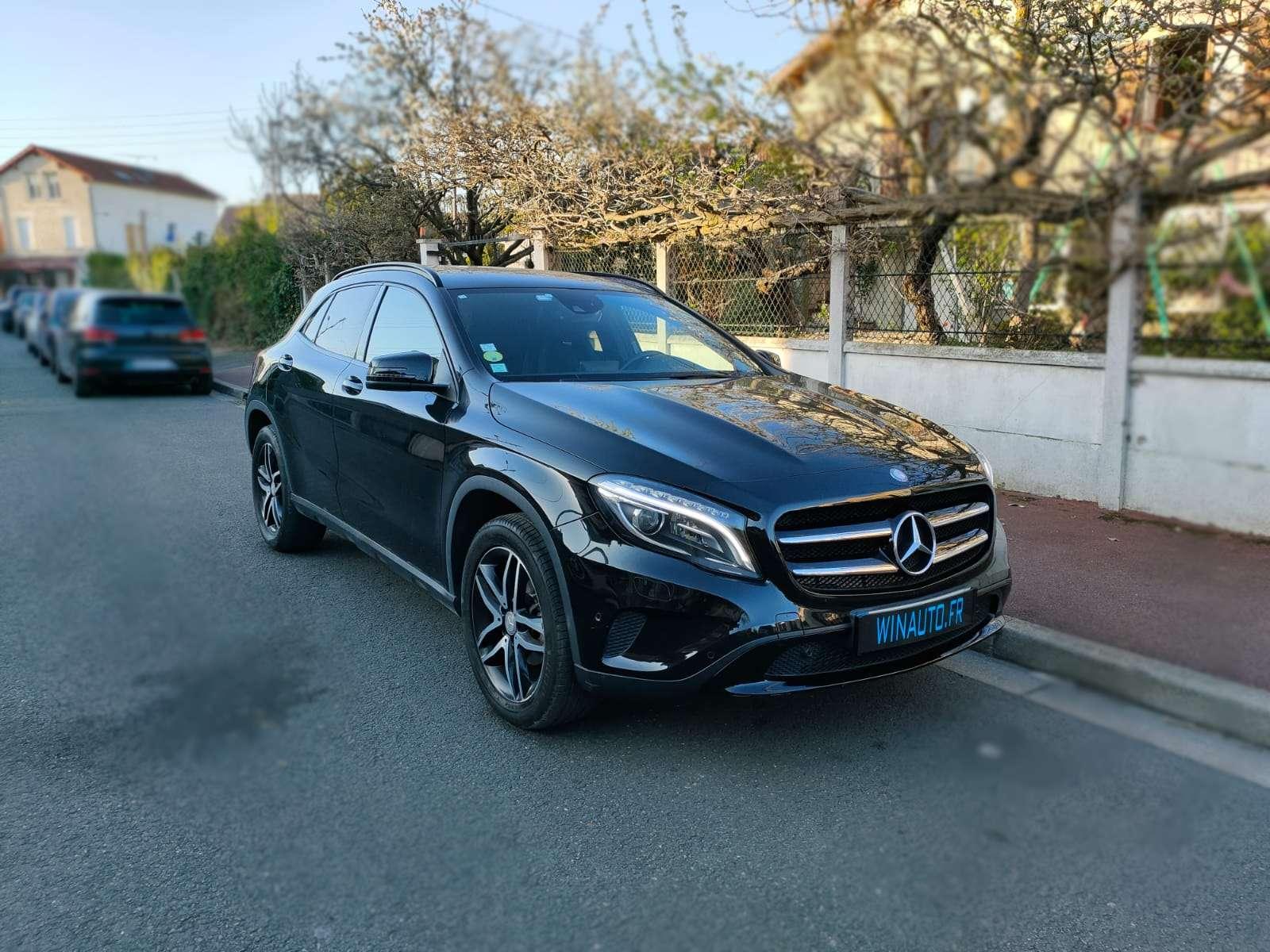 Mercedes GLA 220 CDI SENSATION 7G-DCT